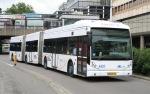 Dubbelgelede Van Hool-bus van het Gemeentelijk Vervoersbedrijf Utrecht