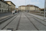 Het eindpunt van de rails op de Piazza Della Stazione. Lijnen T2 en T3 zullen van deze rails gebruik gaan maken; 5 september 2010
